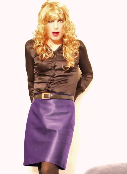 Purple leather skirt 2 (Office look)